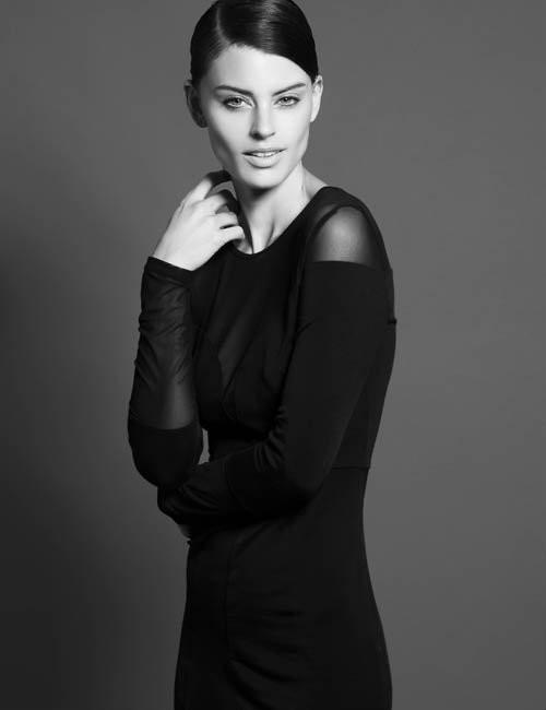 Photo of model Sara Dawson - ID 395057