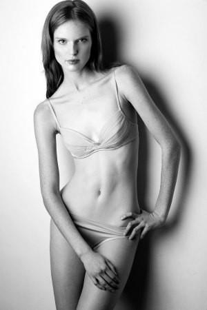 Photo of model Nell Rebowe - ID 84398