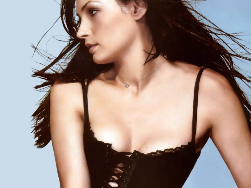 Photo of Famke Janssen - High Resolution view this image in high resolution
