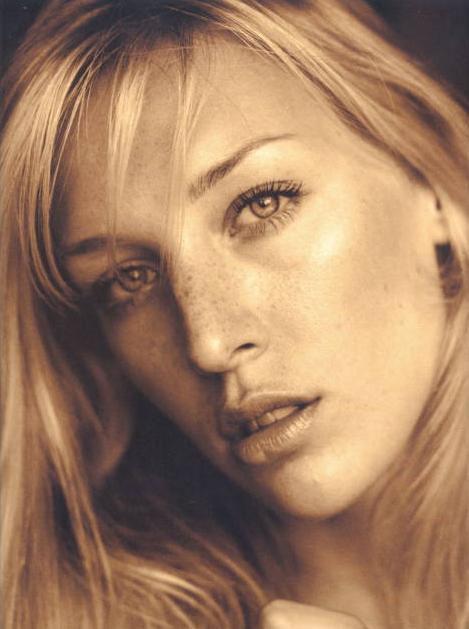 Photo of model Christine Garus - ID 92632