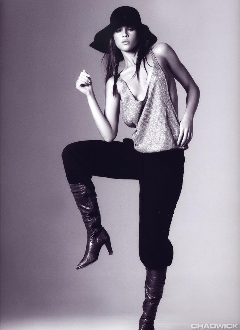 Photo of model Rebecca Frost - ID 107646