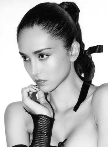 Photo of model Gloria Contreras - ID 365886