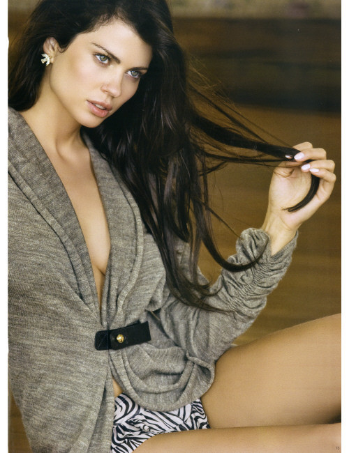 Photo of model Fabiana Tambosi - ID 298757