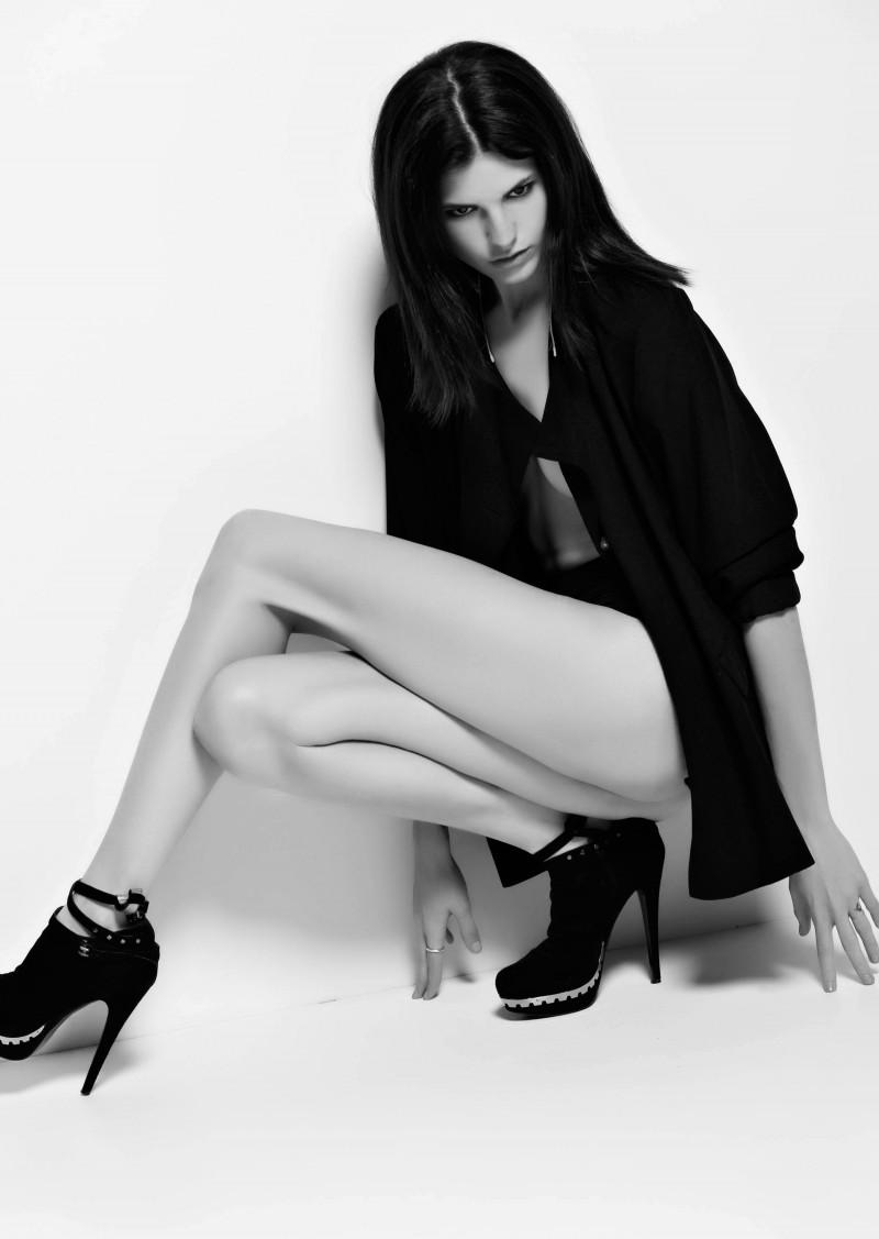 Photo of model Stephanie Carta - ID 368962