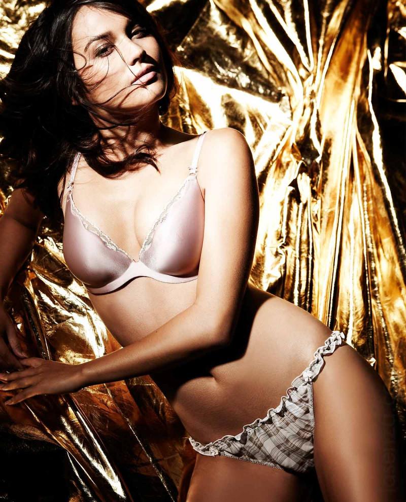 Photo of model Rachelle Goulding - ID 347755