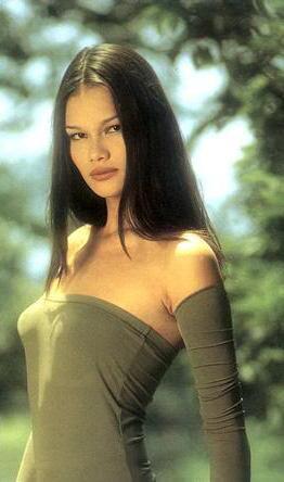 Photo of model Tracy Trinita - ID 254789