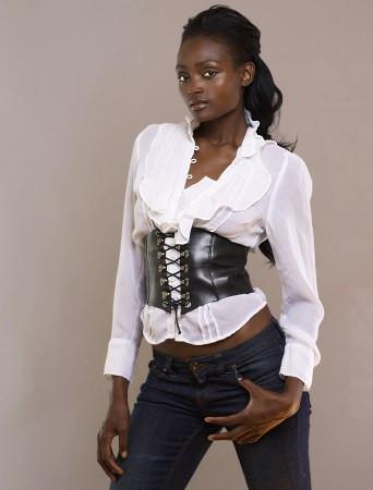 Photo of model Nadia Manjate - ID 147182