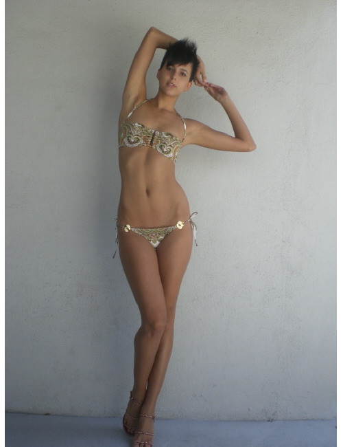 Photo of model Amanda Pizziconi - ID 254471