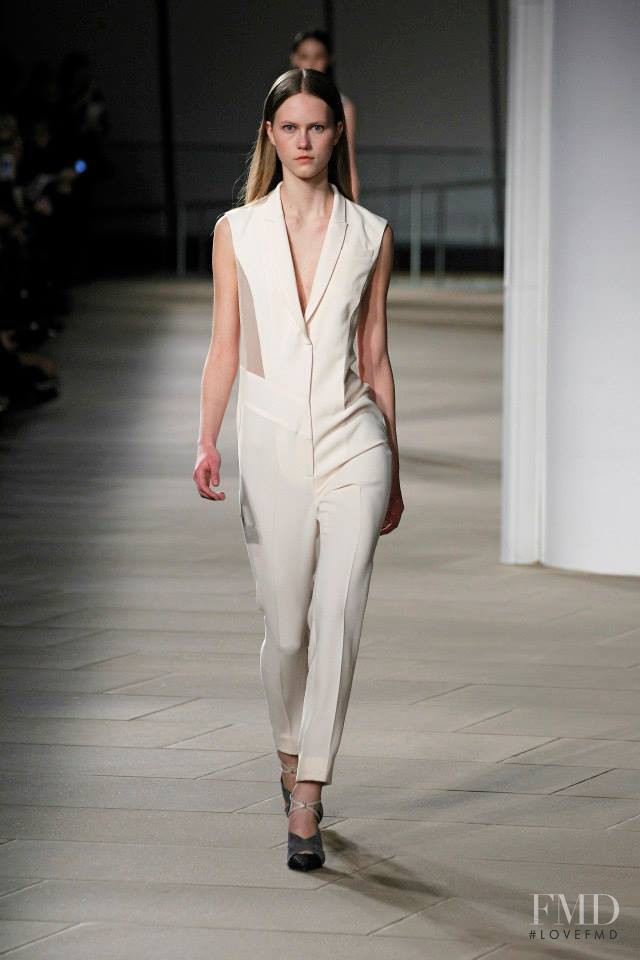 Julie Hoomans featured in  the Prabal Gurung fashion show for Autumn/Winter 2015