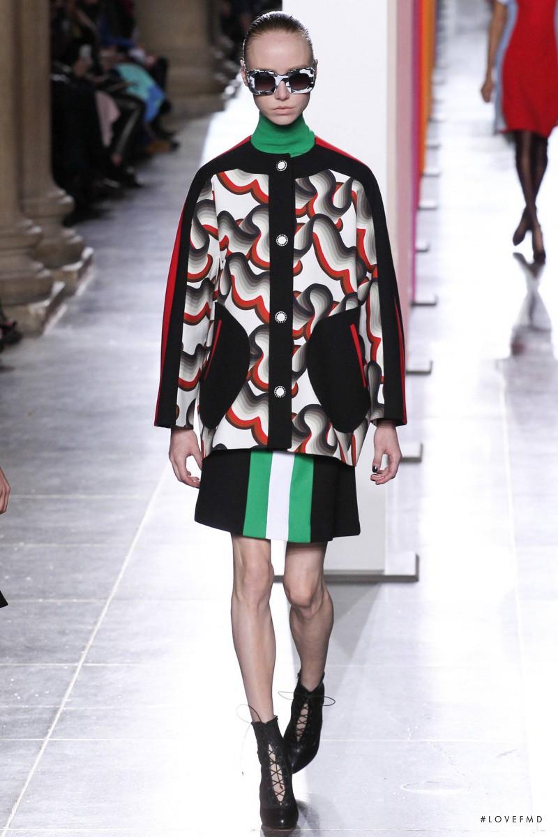 Jonathan Saunders fashion show for Autumn/Winter 2015