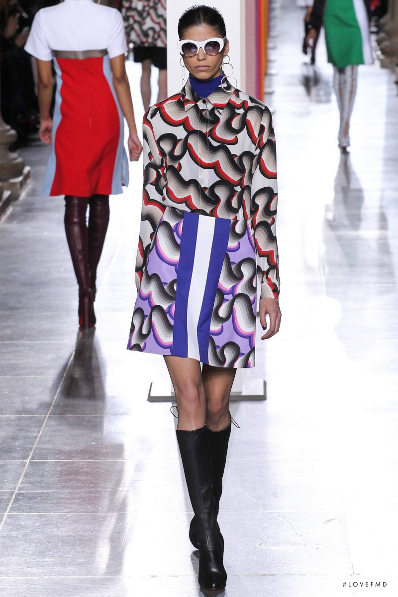 Mica Arganaraz featured in  the Jonathan Saunders fashion show for Autumn/Winter 2015