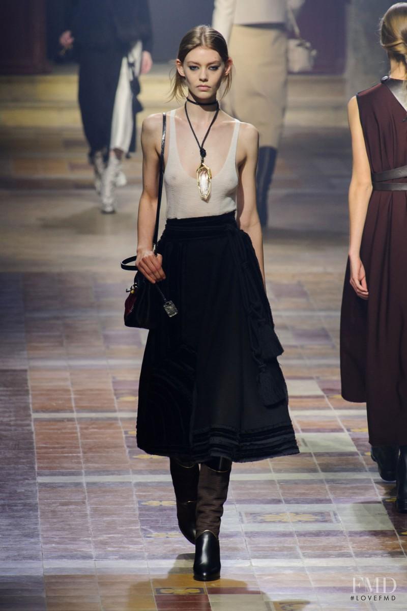 Ondria Hardin featured in  the Lanvin fashion show for Autumn/Winter 2015