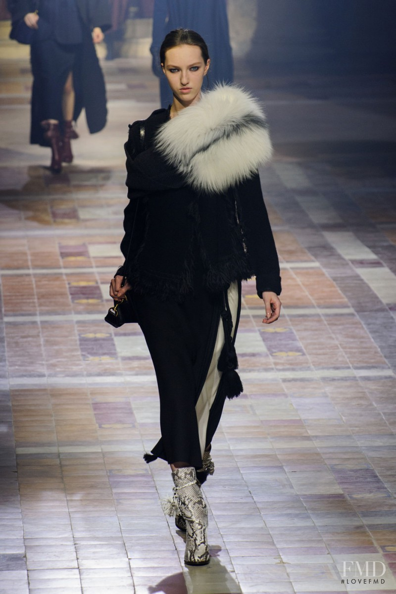 Liza Ostanina featured in  the Lanvin fashion show for Autumn/Winter 2015