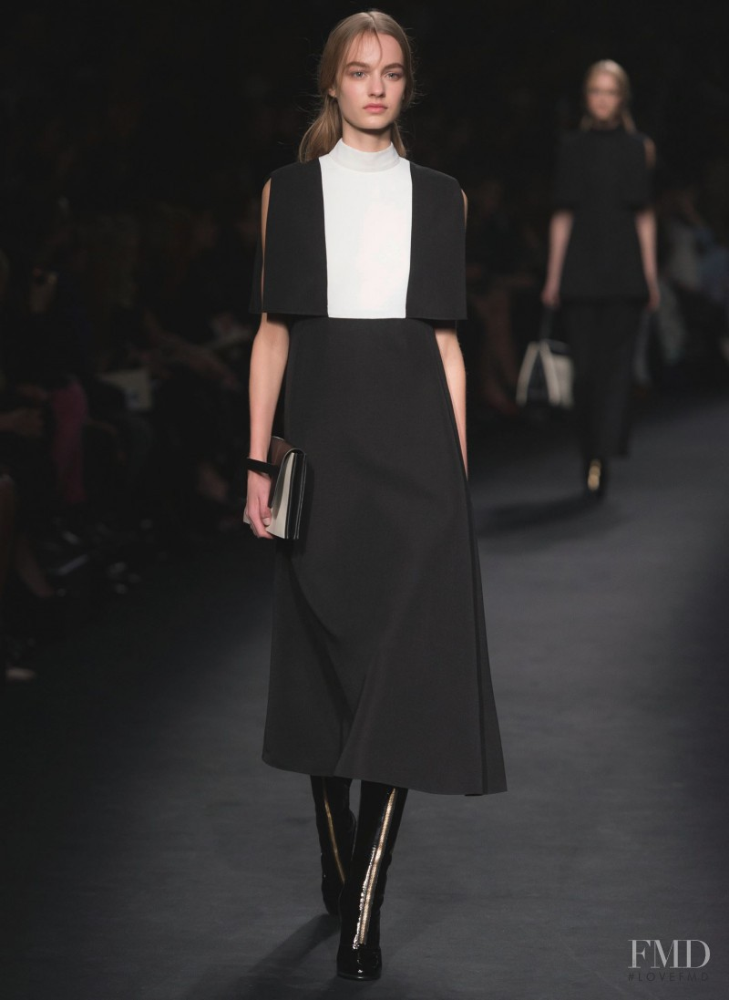 Maartje Verhoef featured in  the Valentino fashion show for Autumn/Winter 2015