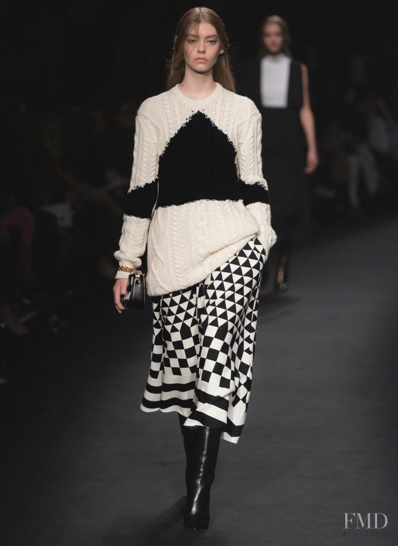 Ondria Hardin featured in  the Valentino fashion show for Autumn/Winter 2015