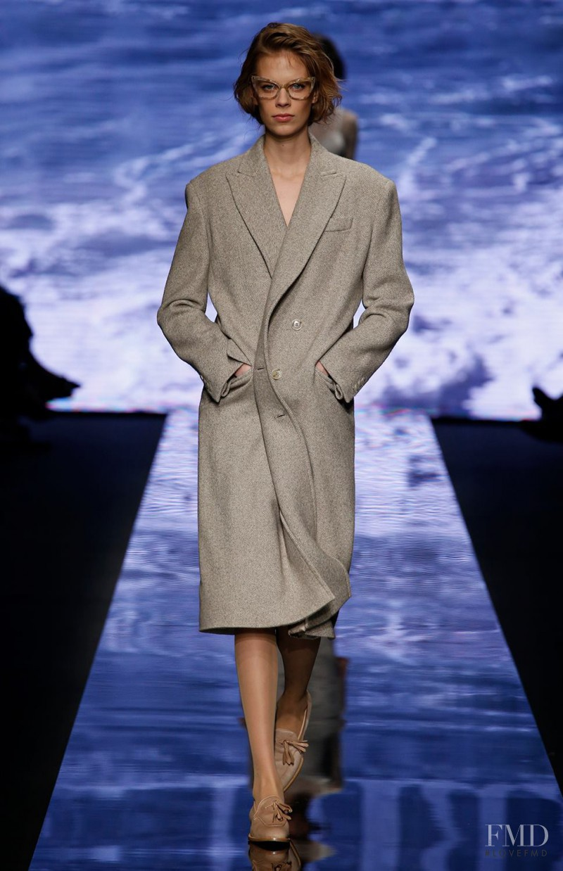 Lexi Boling featured in  the Max Mara fashion show for Autumn/Winter 2015