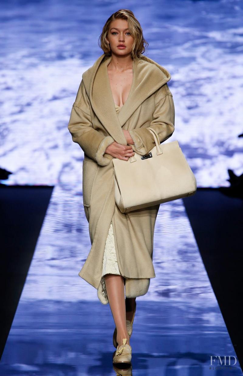 Gigi Hadid featured in  the Max Mara fashion show for Autumn/Winter 2015