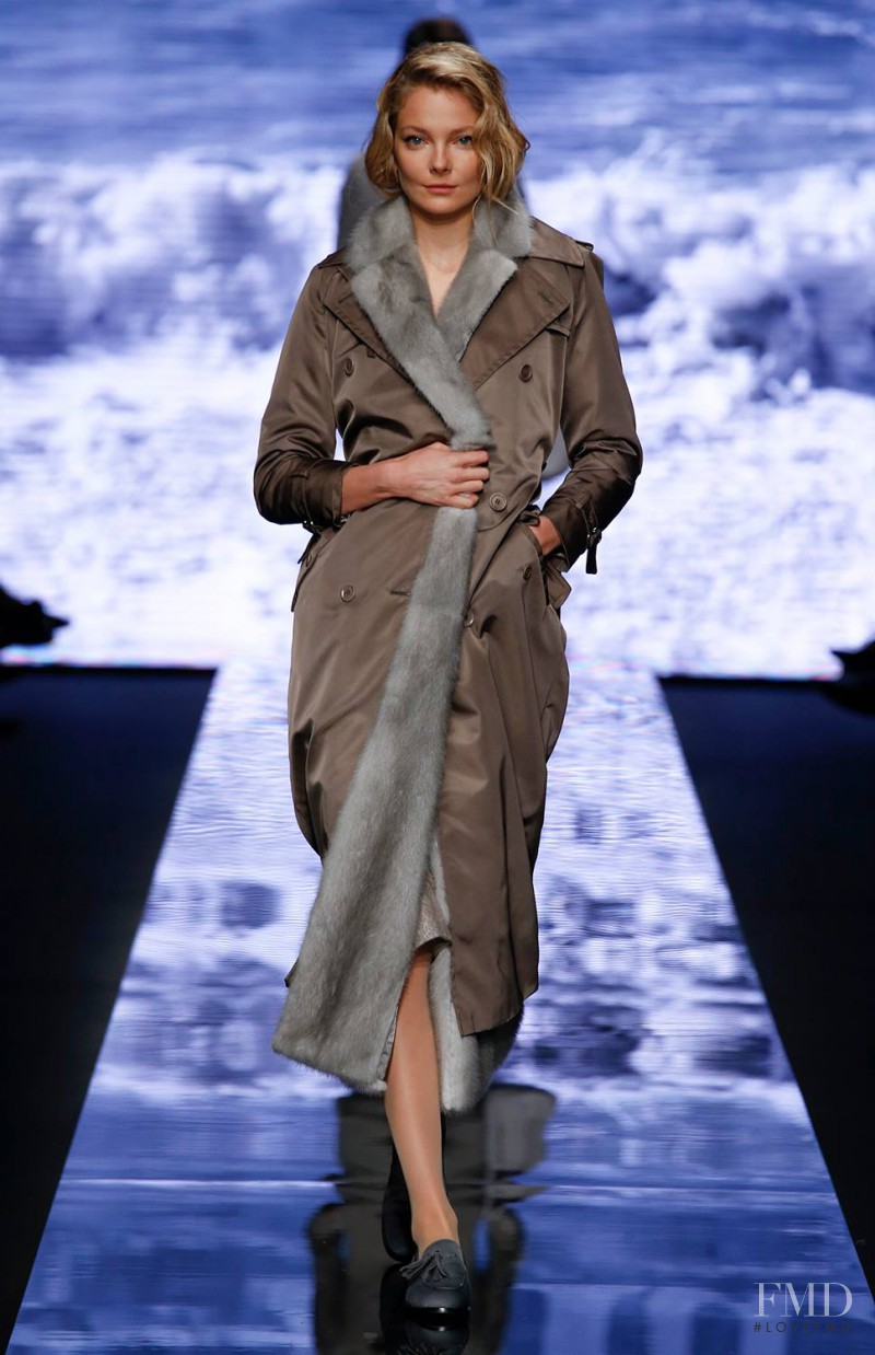 Eniko Mihalik featured in  the Max Mara fashion show for Autumn/Winter 2015