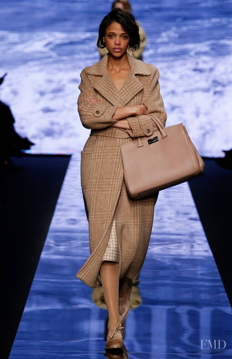 Aya Jones featured in  the Max Mara fashion show for Autumn/Winter 2015