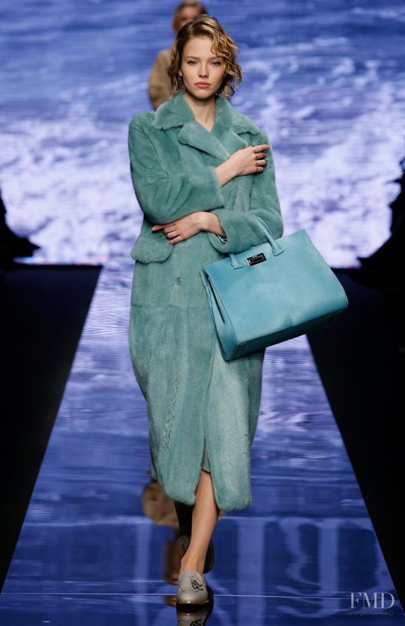 Sasha Luss featured in  the Max Mara fashion show for Autumn/Winter 2015