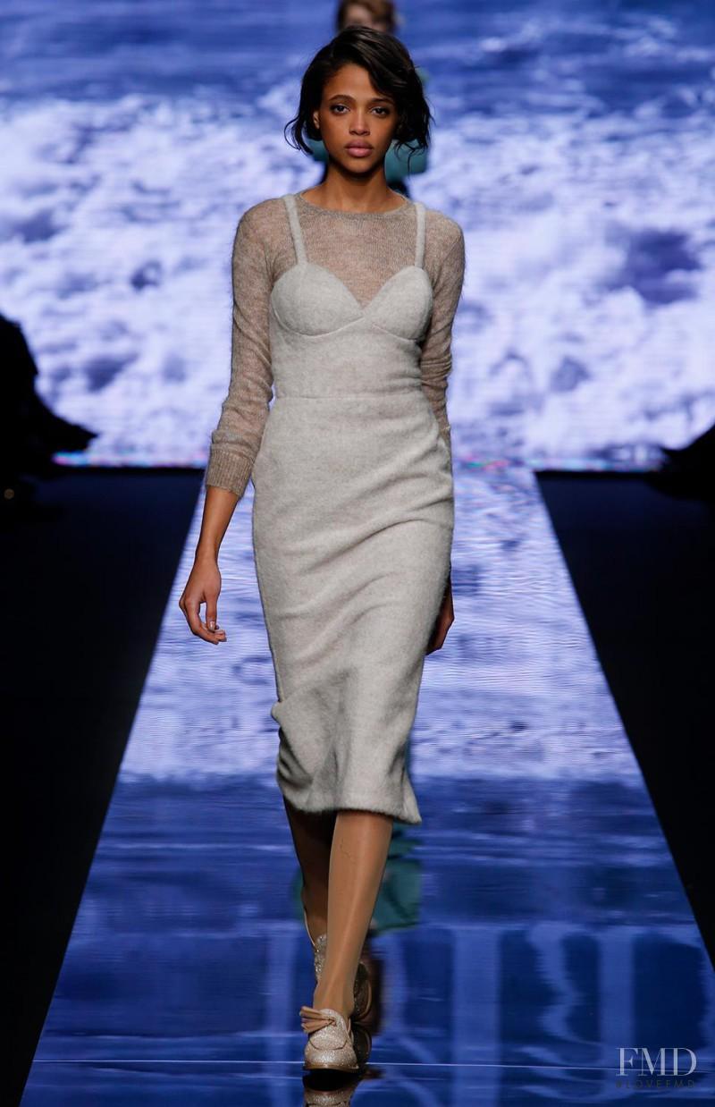 Aya Jones featured in  the Max Mara fashion show for Autumn/Winter 2015