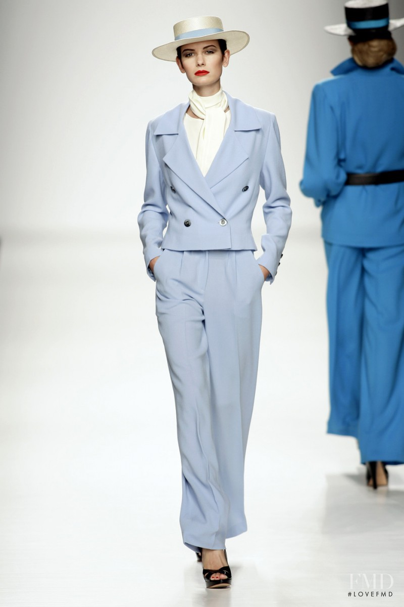 Lorenzo Riva fashion show for Spring/Summer 2009