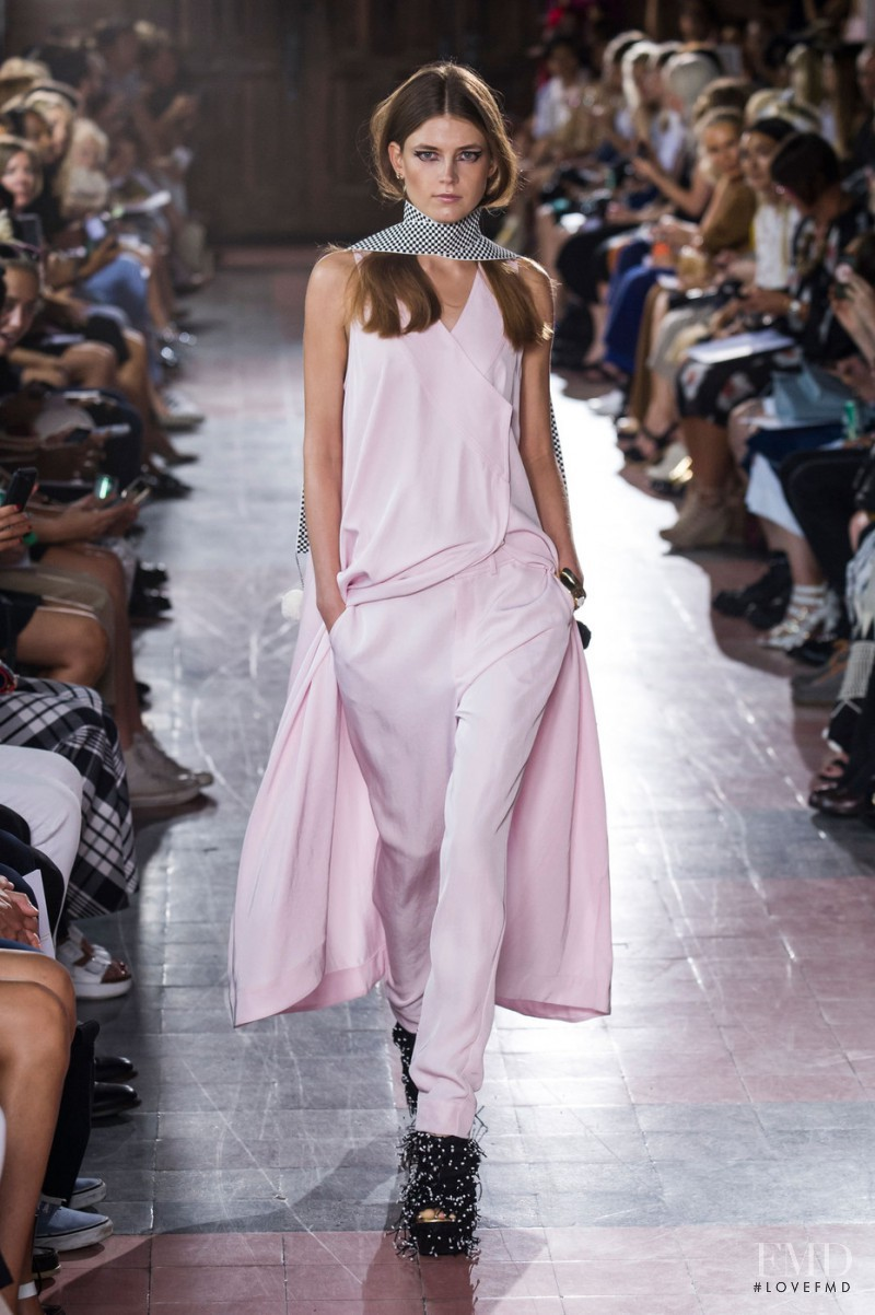 Rodebjer fashion show for Spring/Summer 2015