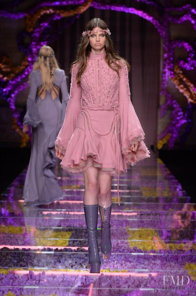 Atelier Versace fashion show for Autumn/Winter 2015