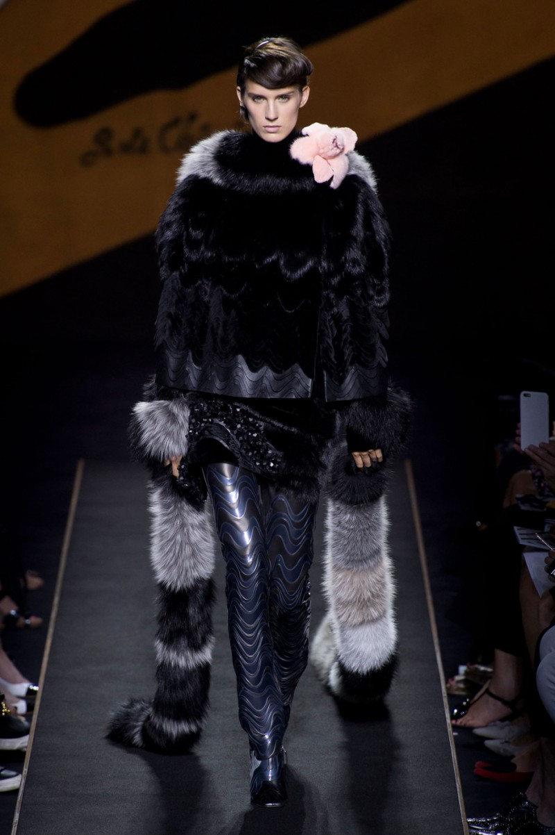 Marte Mei van Haaster featured in  the Fendi Couture fashion show for Autumn/Winter 2015