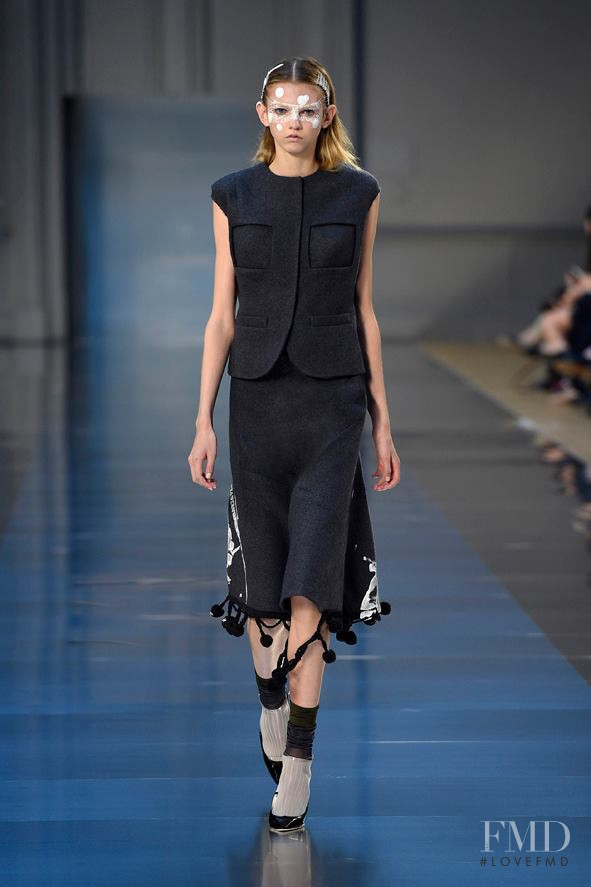 Molly Bair featured in  the Maison Martin Margiela Artisanal fashion show for Autumn/Winter 2015