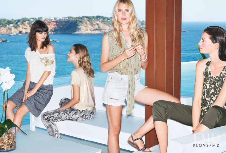 Claudia Gould featured in  the Liu Jo advertisement for Spring/Summer 2015