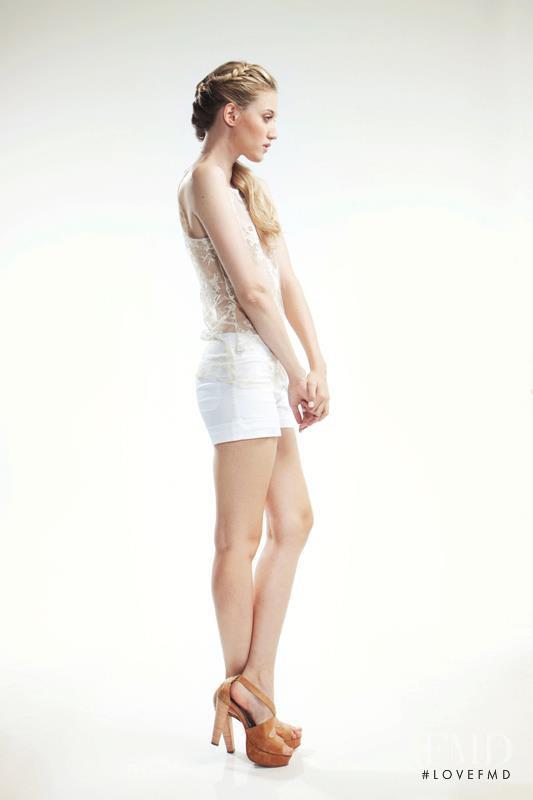 Estancias Chiripa lookbook for Spring/Summer 2012