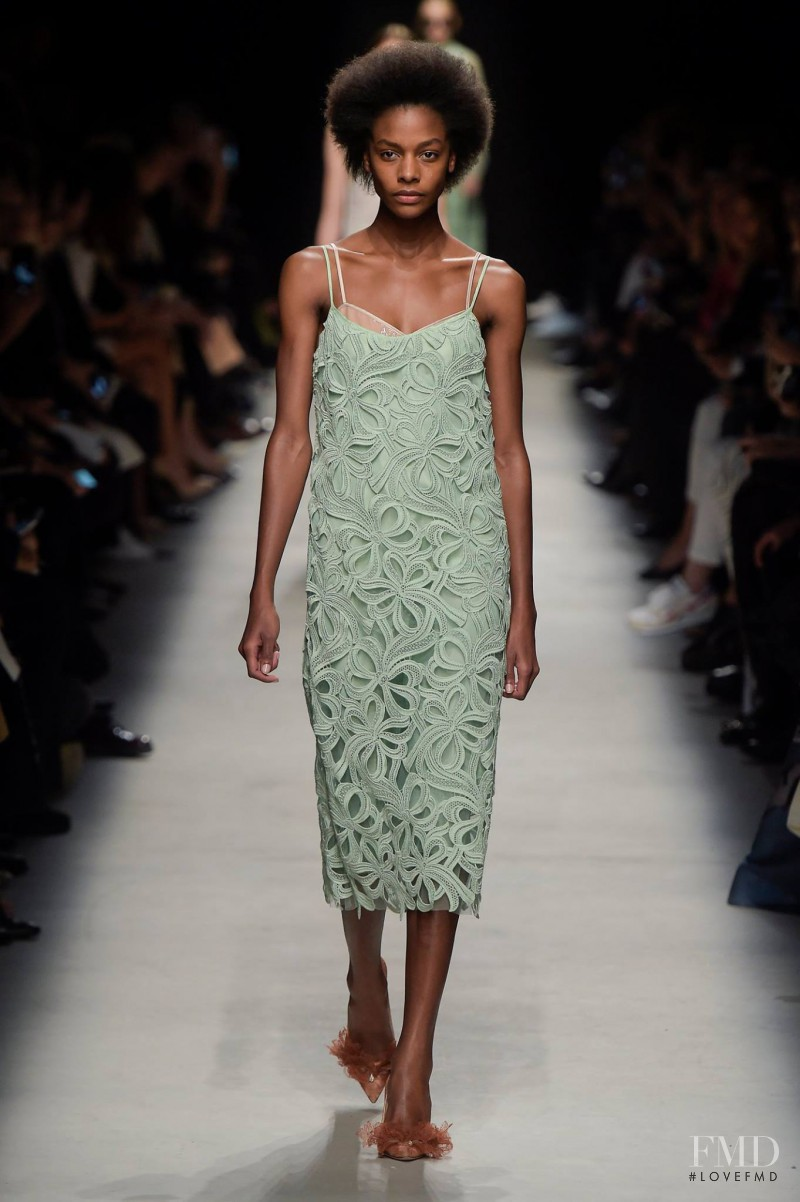 Karly Loyce featured in  the Rochas fashion show for Spring/Summer 2016