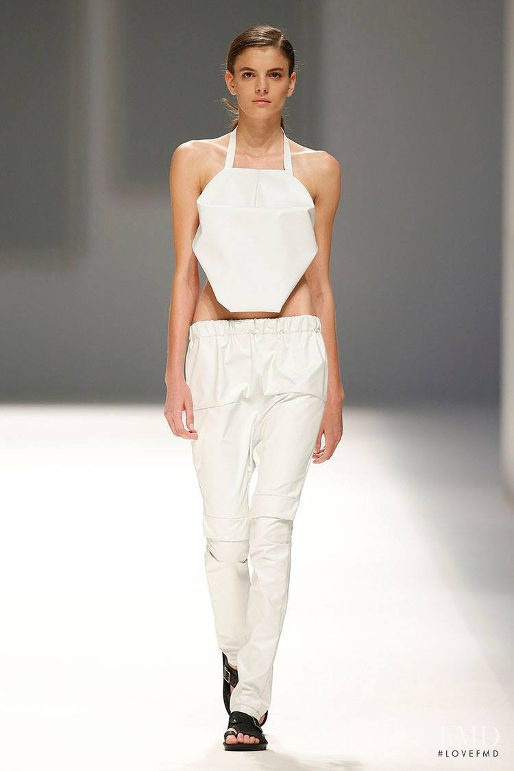 Carmen Ceclan featured in  the Txell Miras fashion show for Spring/Summer 2016