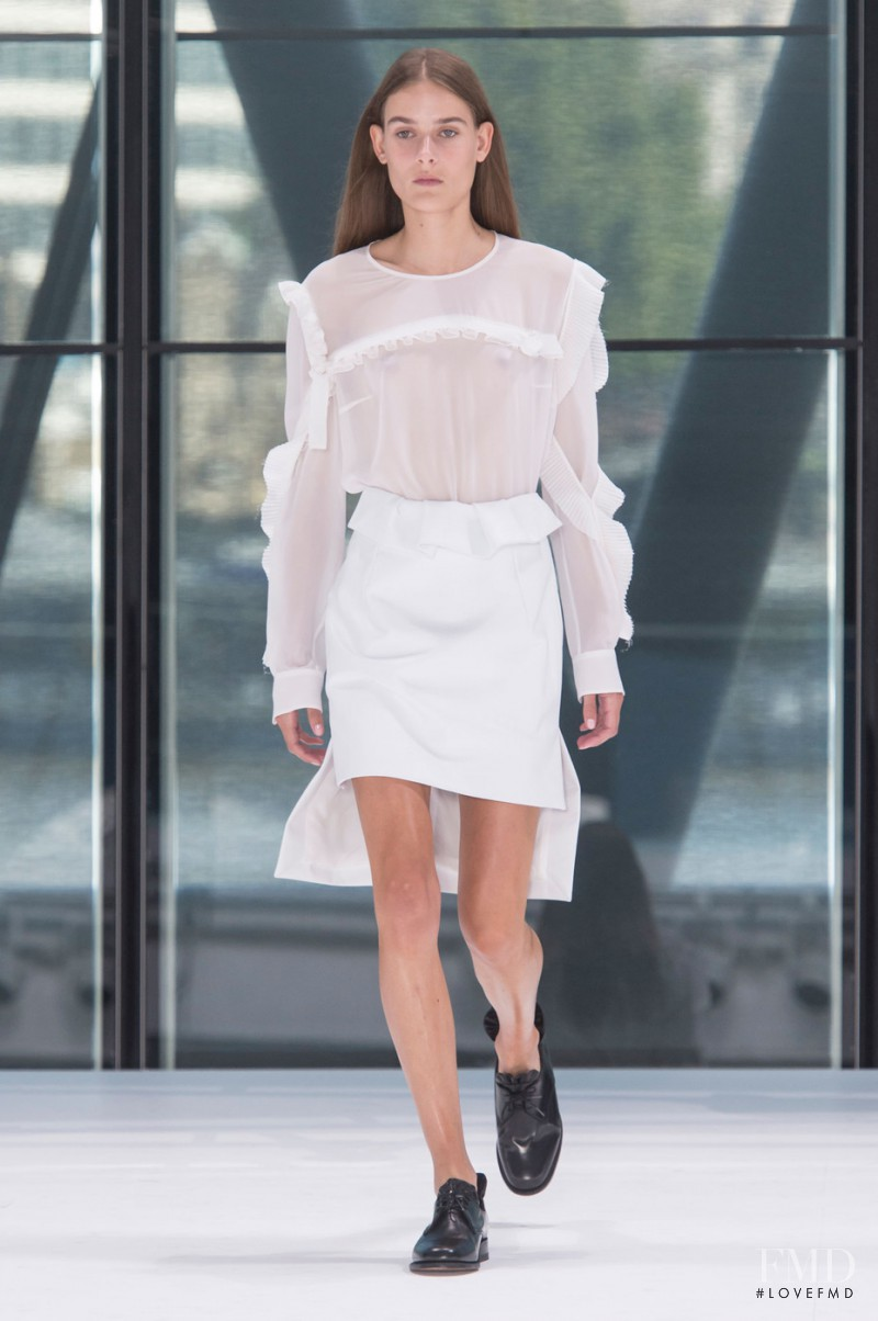 Vera Van Erp featured in  the Preen by Thornton Bregazzi fashion show for Spring/Summer 2016