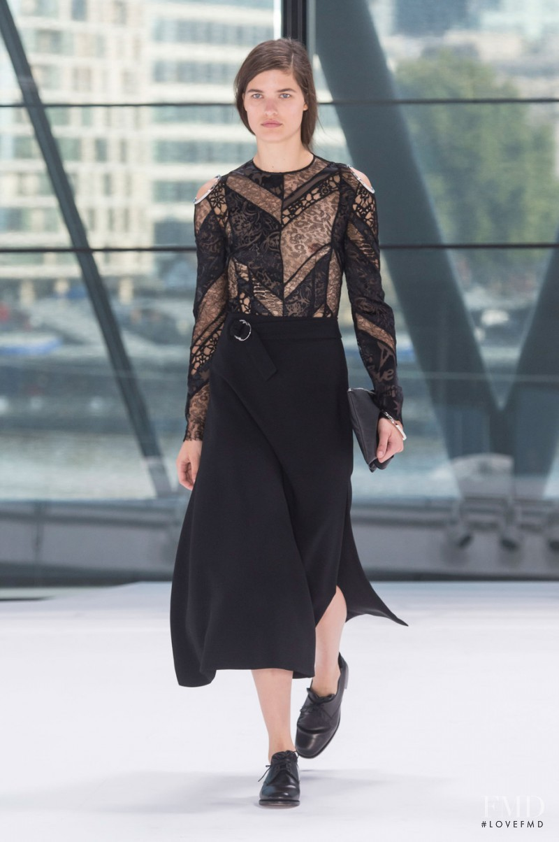 Julia van Os featured in  the Preen by Thornton Bregazzi fashion show for Spring/Summer 2016