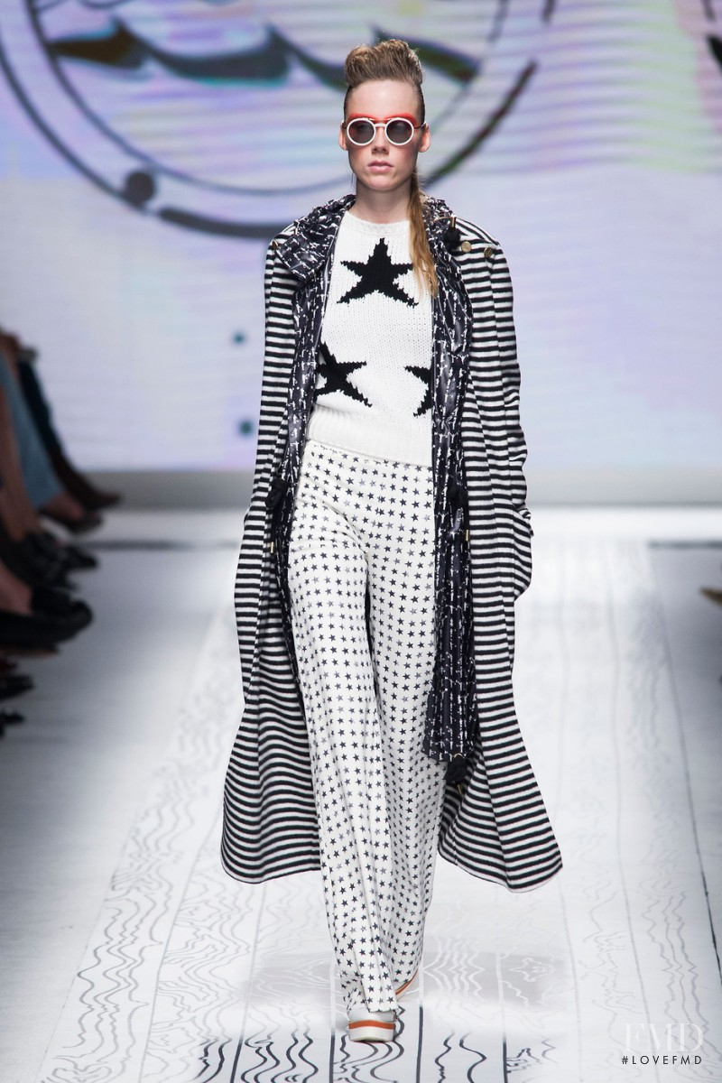 Kiki Willems featured in  the Max Mara fashion show for Spring/Summer 2016