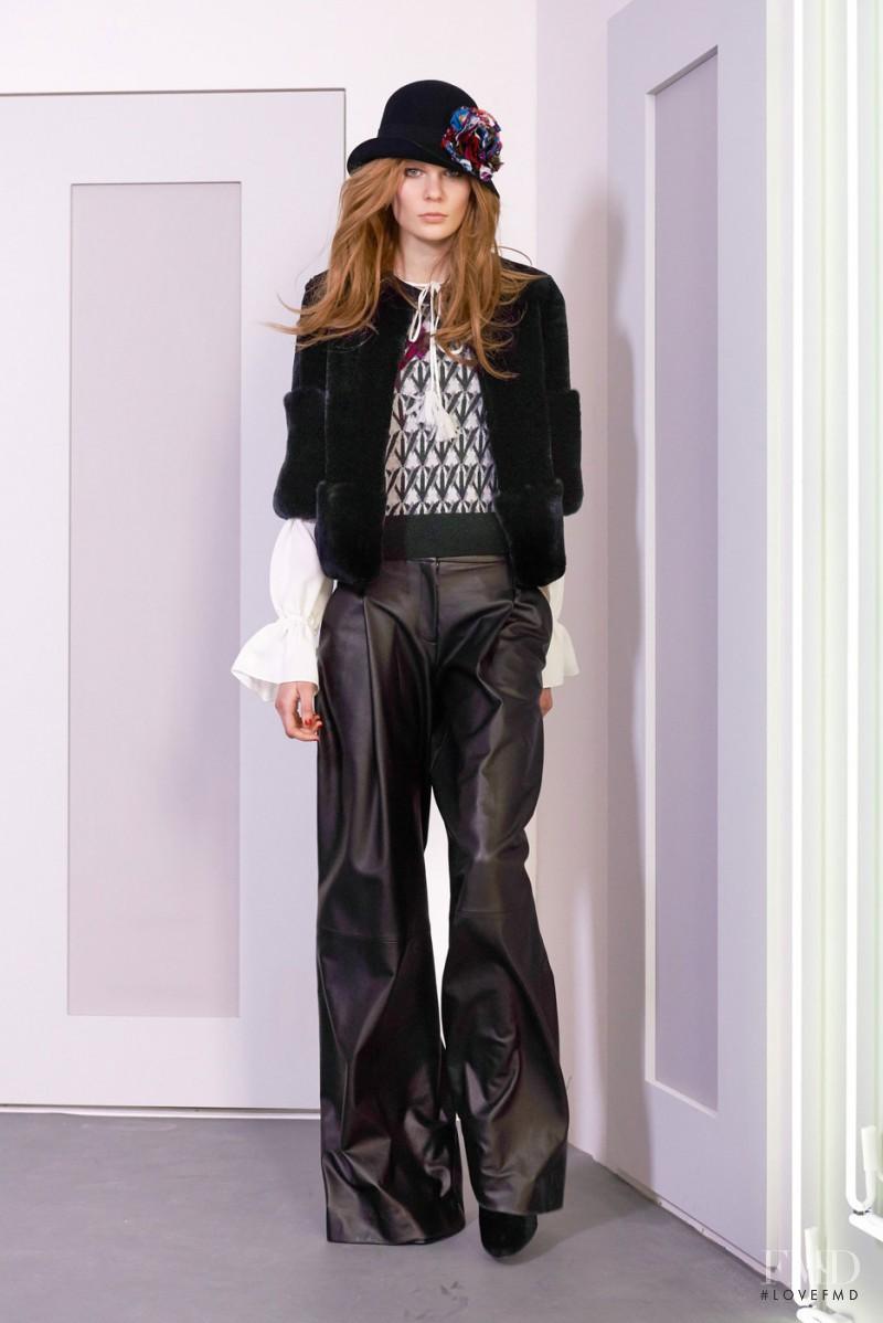 Alexandra Elizabeth Ljadov featured in  the Diane Von F�rstenberg fashion show for Autumn/Winter 2016