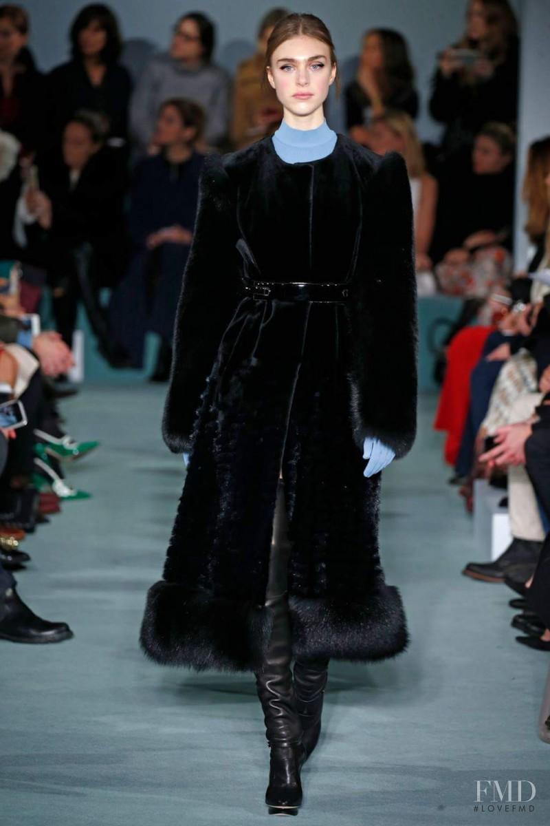 Odette Pavlova featured in  the Oscar de la Renta fashion show for Autumn/Winter 2016