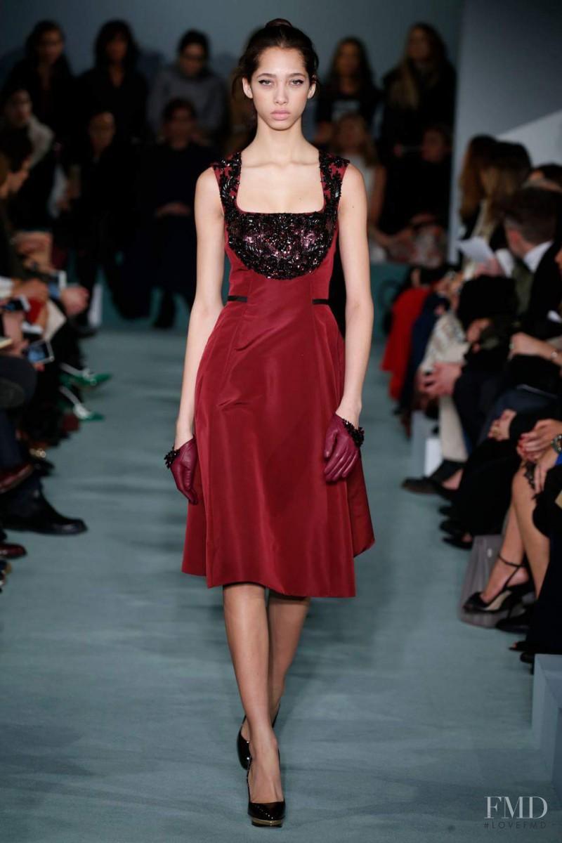 Yasmin Wijnaldum featured in  the Oscar de la Renta fashion show for Autumn/Winter 2016