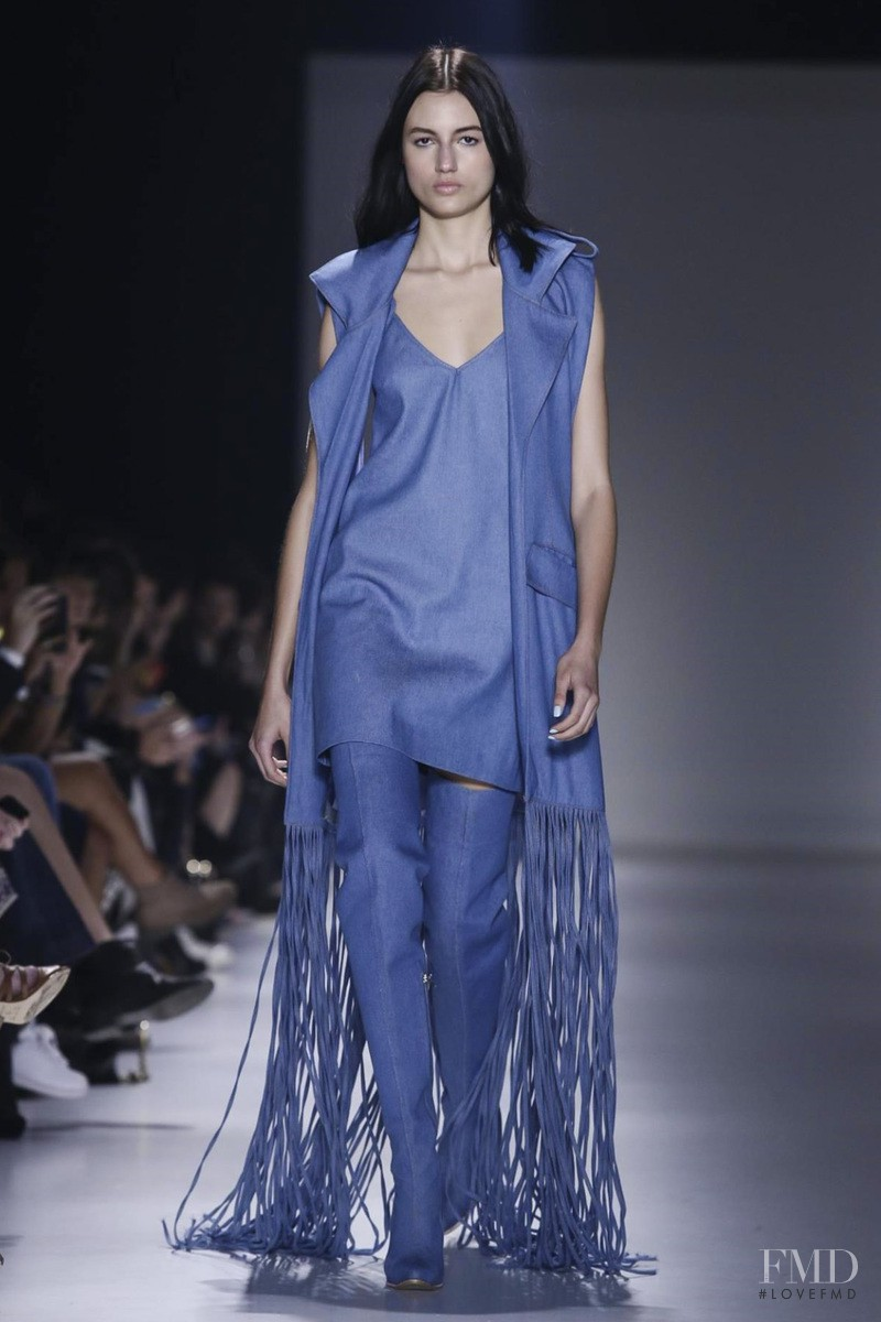 Bruna Ludtke featured in  the Wagner Kallieno fashion show for Spring/Summer 2016
