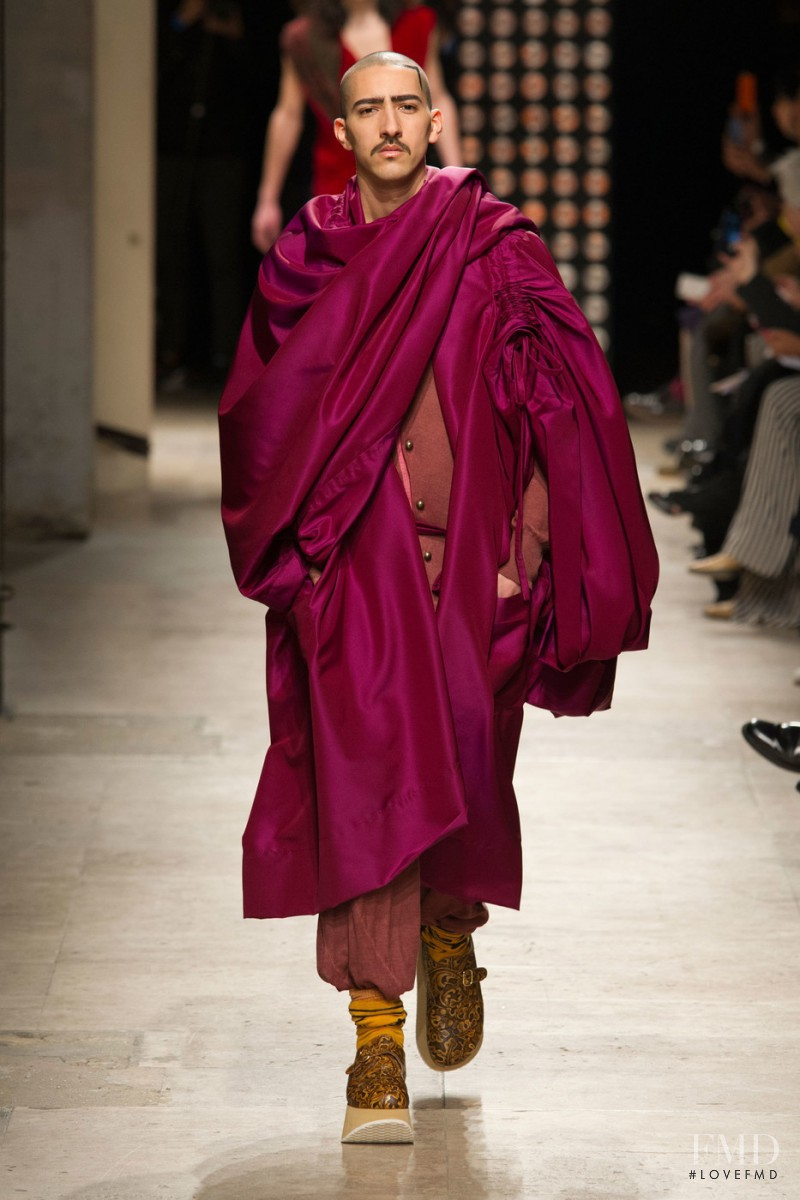 Vivienne Westwood Gold Label by Andreas Kronthaler fashion show for Autumn/Winter 2016