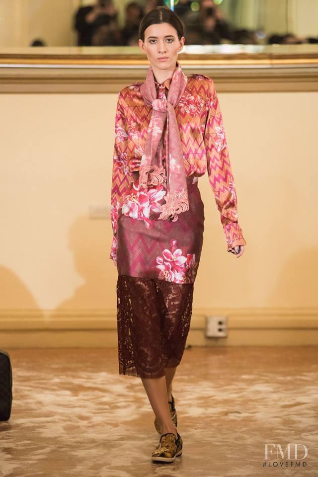 Yuna Yang fashion show for Autumn/Winter 2016
