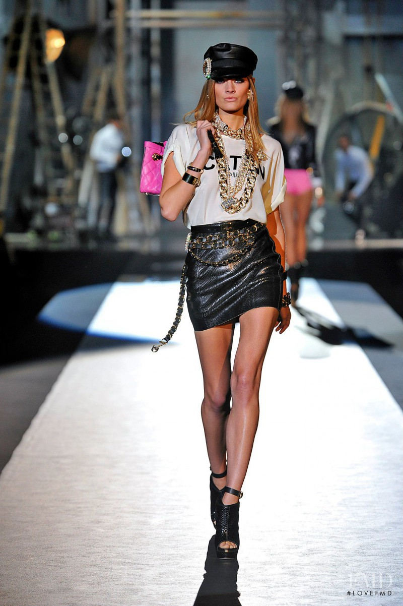 Constance Jablonski featured in  the DSquared2 fashion show for Spring/Summer 2013