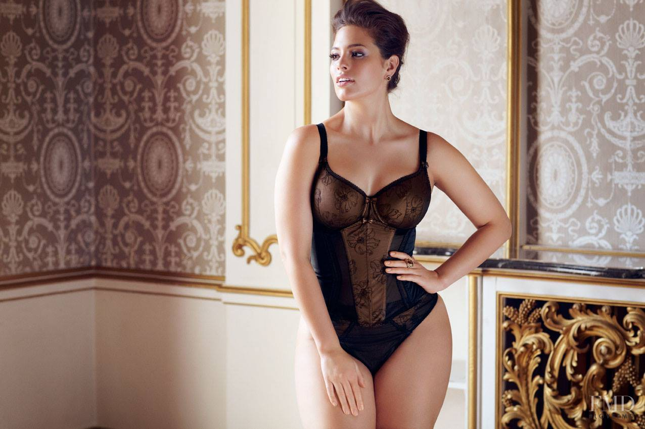 Chinawholesale Nude Mature Woman Vintage Wedding Luxury Plus Size Lingerie On Global Sources