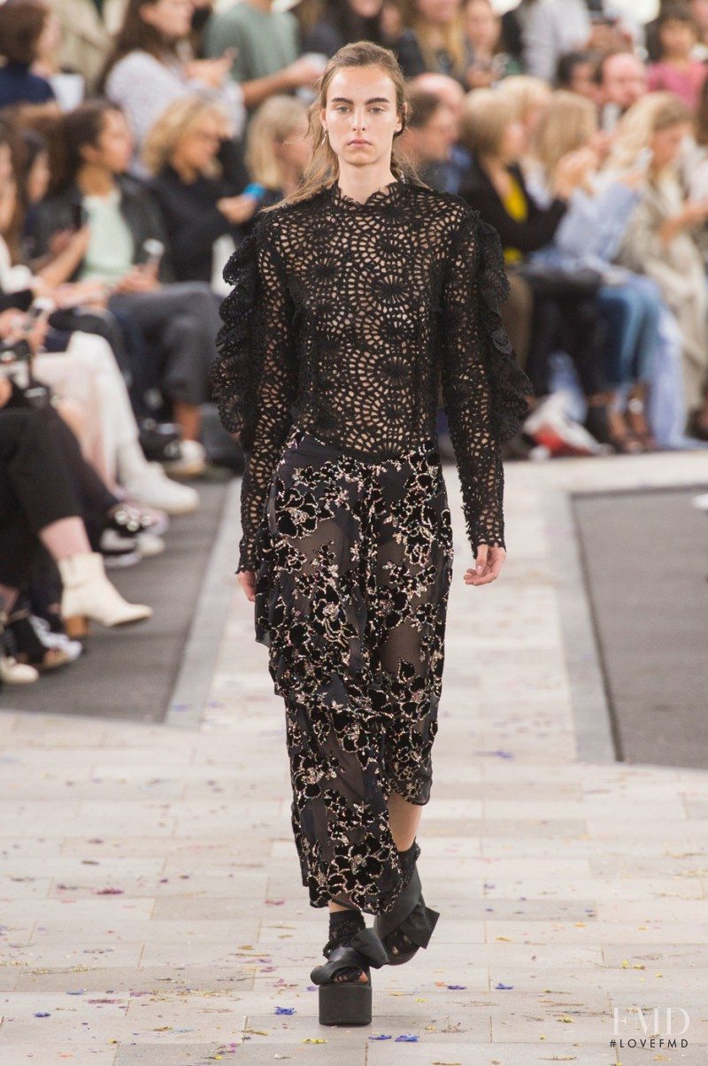 Estella Brons featured in  the Preen by Thornton Bregazzi fashion show for Spring/Summer 2016