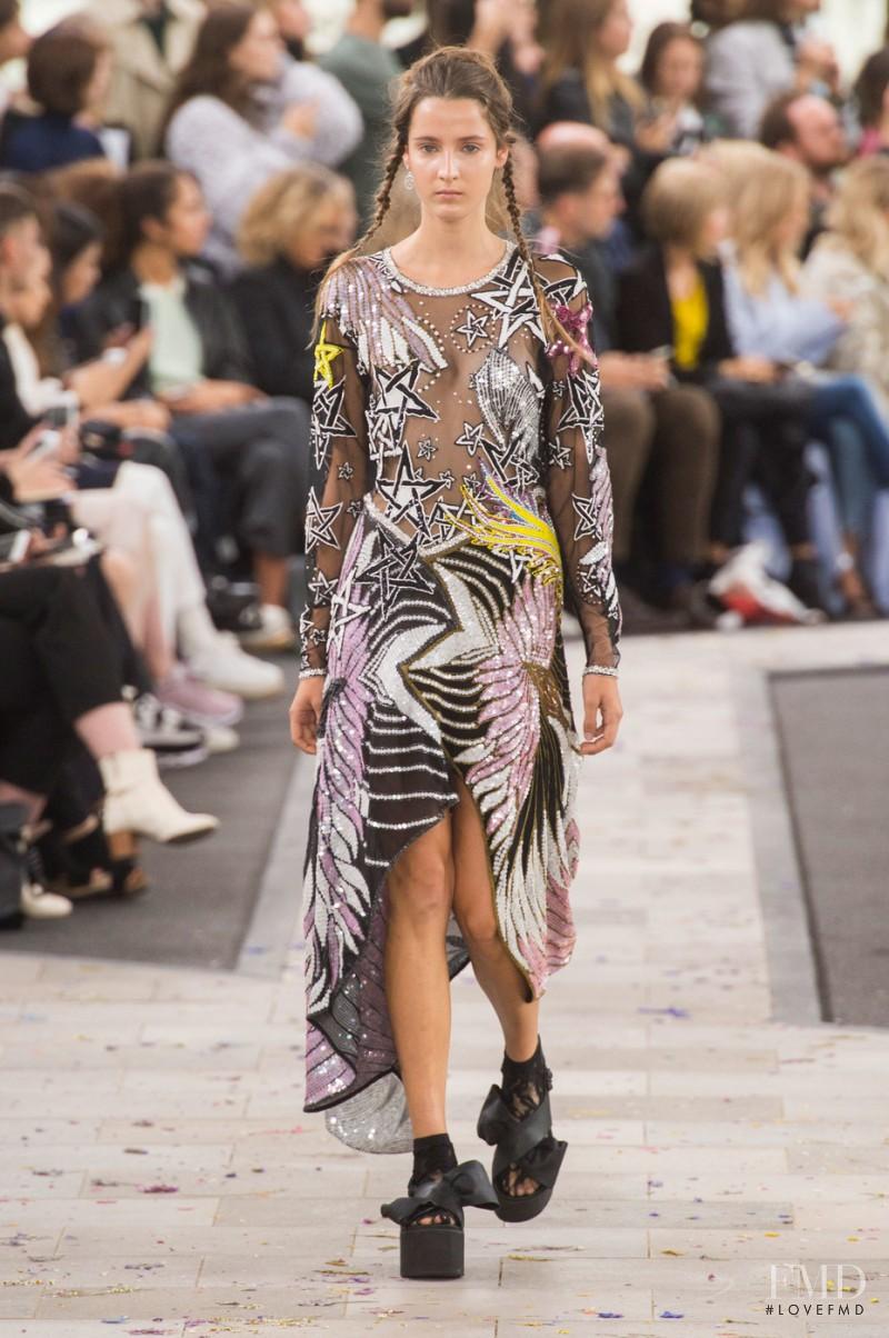 Yana Van Ginneken featured in  the Preen by Thornton Bregazzi fashion show for Spring/Summer 2016