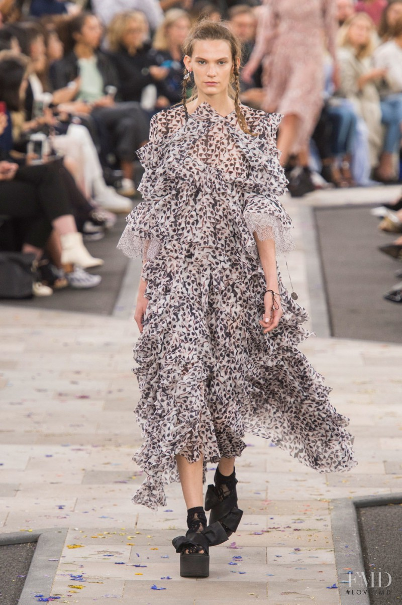Lena Hardt featured in  the Preen by Thornton Bregazzi fashion show for Spring/Summer 2016