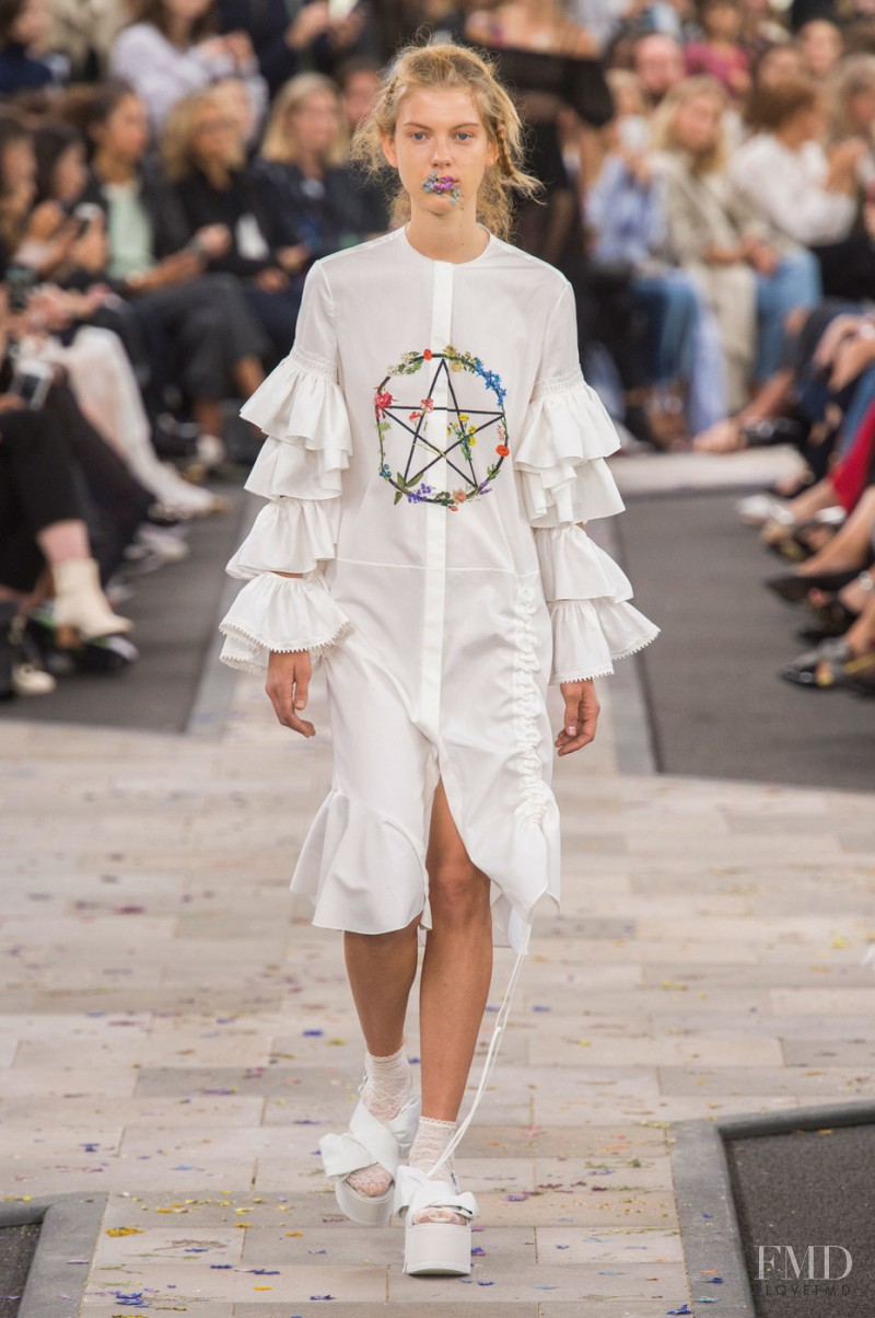 Ally Ertel featured in  the Preen by Thornton Bregazzi fashion show for Spring/Summer 2016