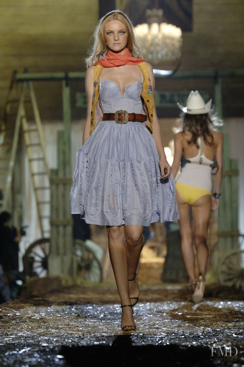 Caroline Trentini featured in  the DSquared2 fashion show for Spring/Summer 2006